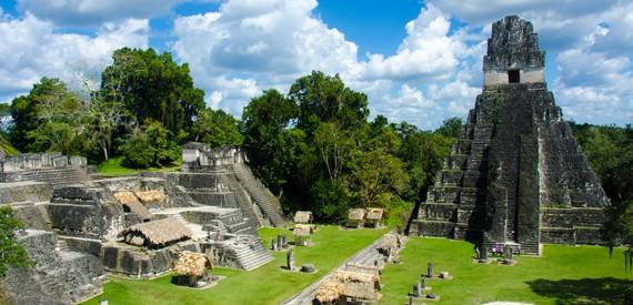 Didžioji Jaguaro šventykla Tikalyje, Gvatemaloje