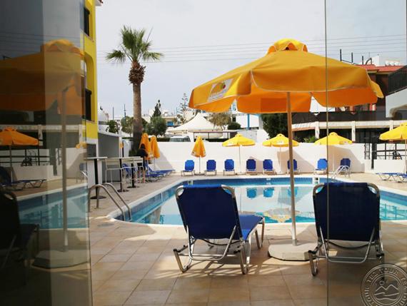 Cleopatras Annex 3* viešbutis Kipre