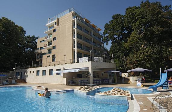 Holiday Park 4*, Bulgarijoje