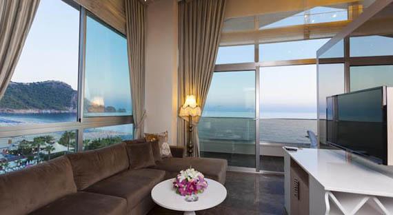Turkija_Alanija_viesbutis_Xperia_Saray_Beach_kambarys_televizorius