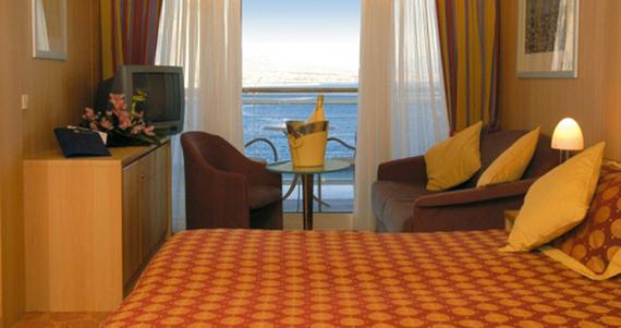 balcony_suites