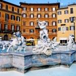 Roma: pirmas kartas. Ispaniški laipteliai, riedantys Vespa ir lankytinos vietos